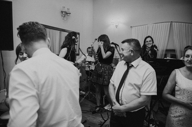 Górale wesele.,Stary Młyn Nowy Sącz,fotograf Nowy Sącz, Tomasz Konopka, slub w górach , reportaż ślubny